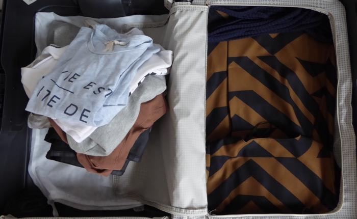 Ich packe meinen Koffer und nehme mit: meinenKleiderschrank